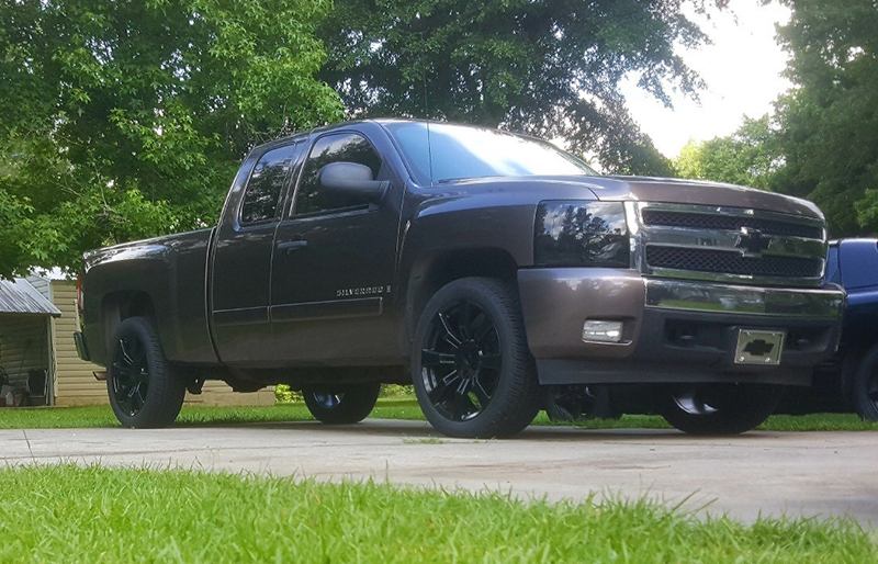silverado-black-8-spoke2gallery.jpg